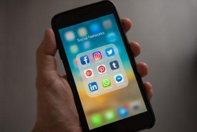 Sjekkliste før du poster i sosiale medier